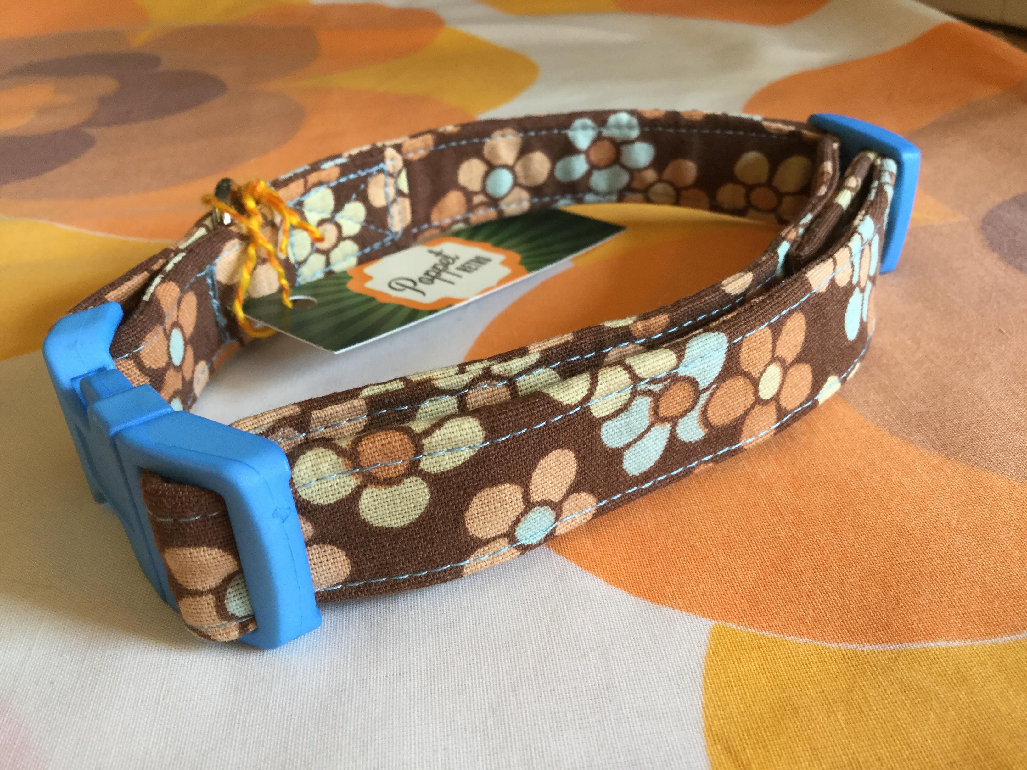 Daisy fabric dog collar